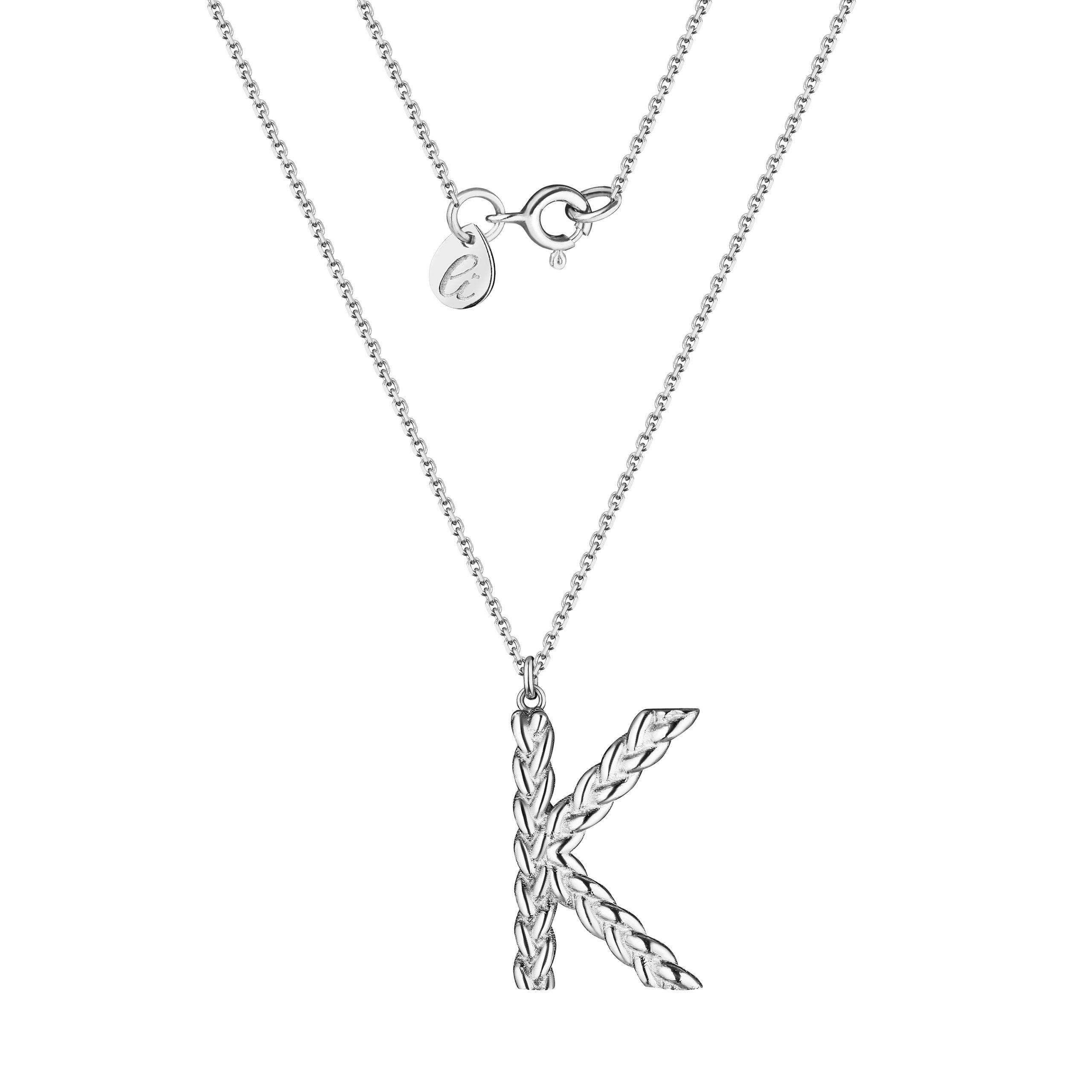 Буква К из серебра на серебряной цепочке
